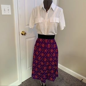 LuLaRoe Aztec patterned accordion skirt